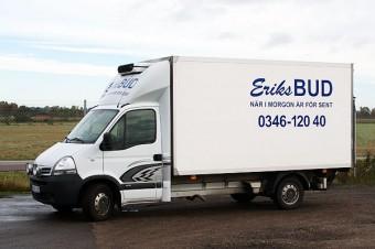 Nissan lastbil - Eriks Bud i Falkenberg och Varberg